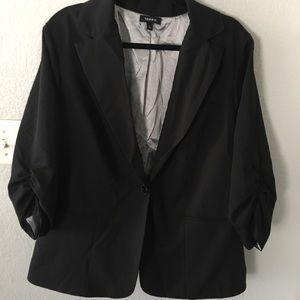 Women's Torrid size 3 black blazer